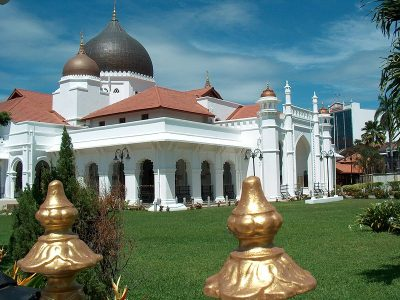 800px_Kapitan_Keling_Mosque_lg